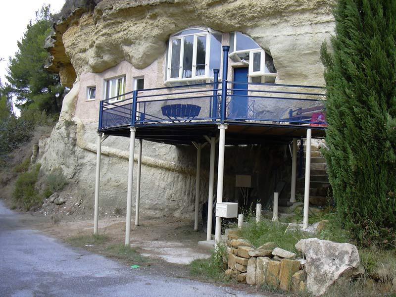 Aménagement d'une grotte troglodyte à Saint Chamas