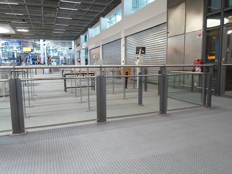 Barriérages vitrés à l'Aéroport Marseille Provence
