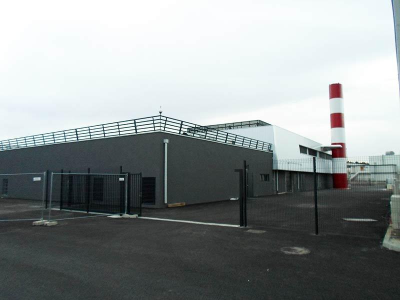 Garde-corps, clôtures, portes et façade de la Centrale Energie AMP